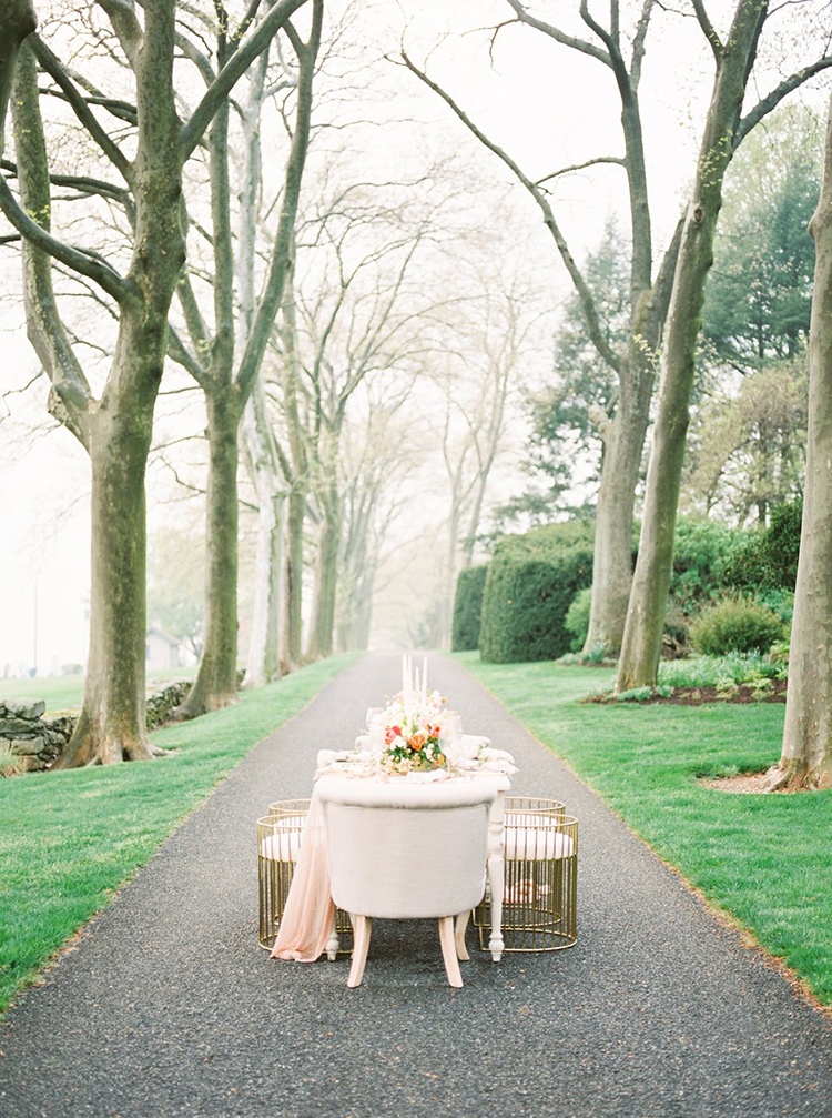 garden-estate-wedding-inspiration-with-delicate-poppies-54