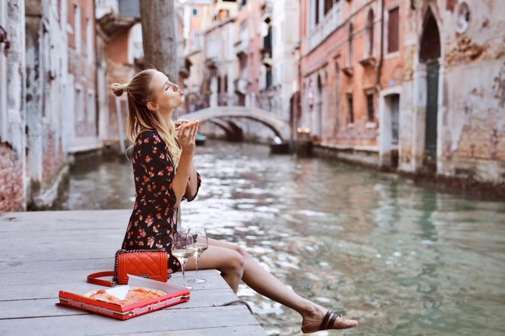 ohhcouture_leoniehanne_LuisaViaRoma_Venice-1-1170x780@2x.jpg